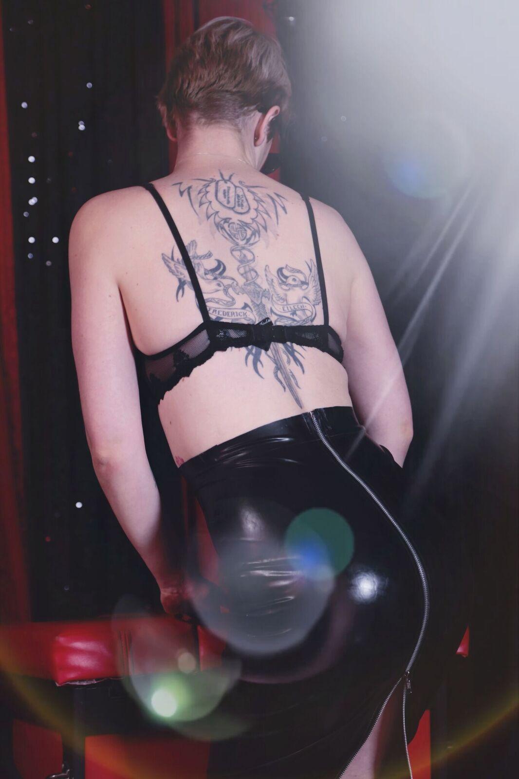 Ponsonby Strippers Gracie