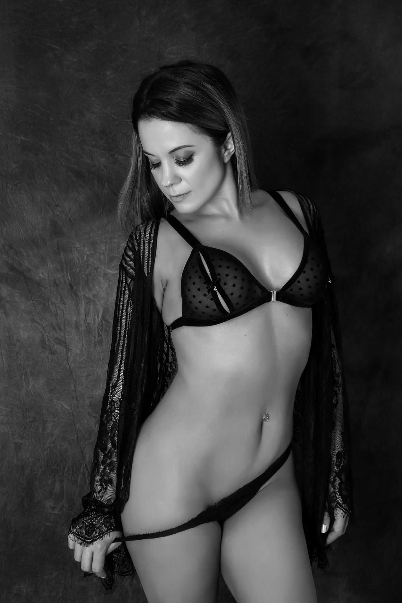 Female Stripper - Charlie