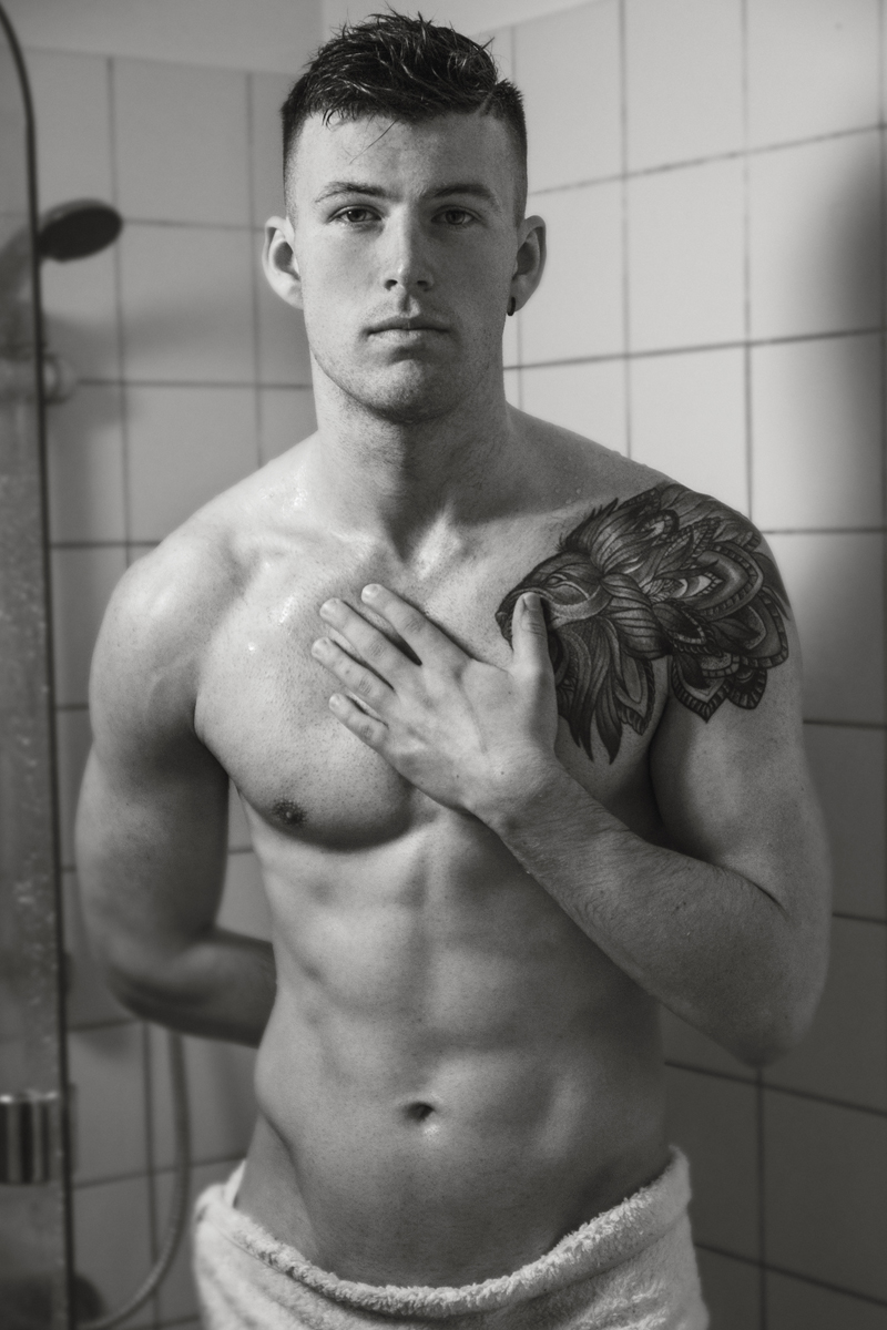 Taupo Topless Waiters Levi - Hot Male Stripper