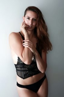 Lingerie Hostess - Melle