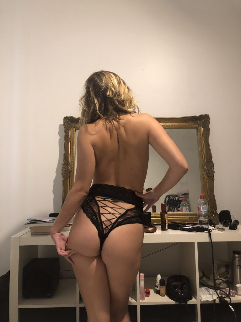 Topless Hostess - Carmen
