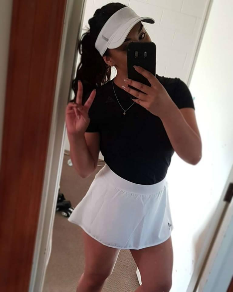 Tennis Strippers - Lara