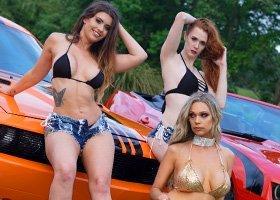 3 Bikini Girls - 1hr