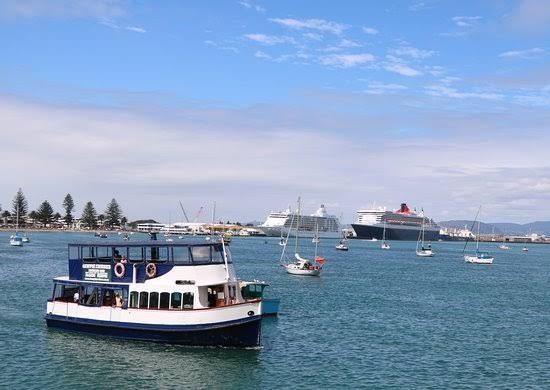Hen Party Transport Prices - Tauranga Hen Boat Cruise