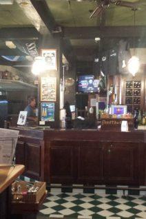 Bar - Finn MacCuhals