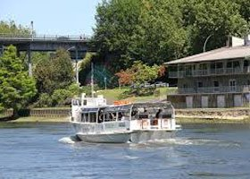 Hen Party Transport Prices - Hamilton Deluxe Hen Boat Cruise