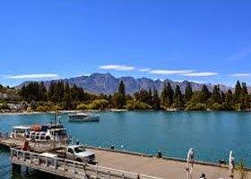 Hen Party Transport Prices - Queenstown Deluxe Hen Boat Cruise