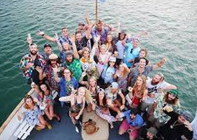 Hen Party Transport Prices - Taupo Hens Do Cruise