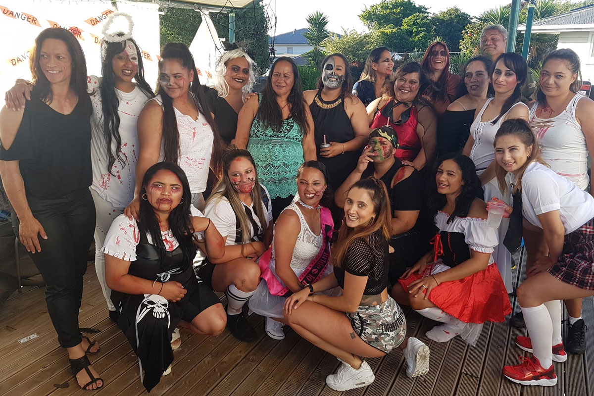 Auckland Hens Do Twerk Party