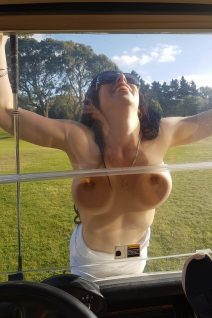 Auckland Topless Golf