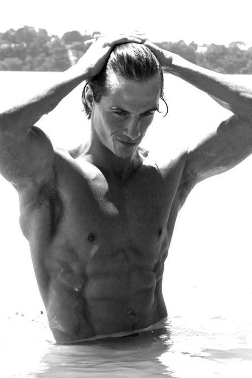 Topless Waiters - Johan
