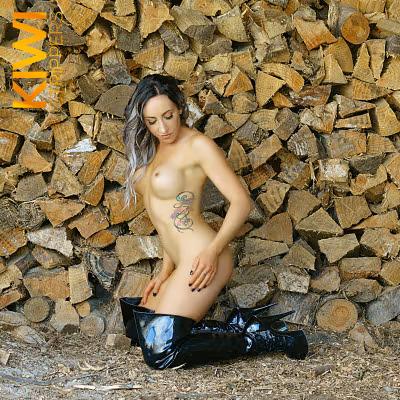 Nude Hostesses